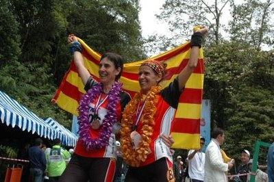 Anna Serra i Mònica Ardid, amb la selecció catalana a Malàisia