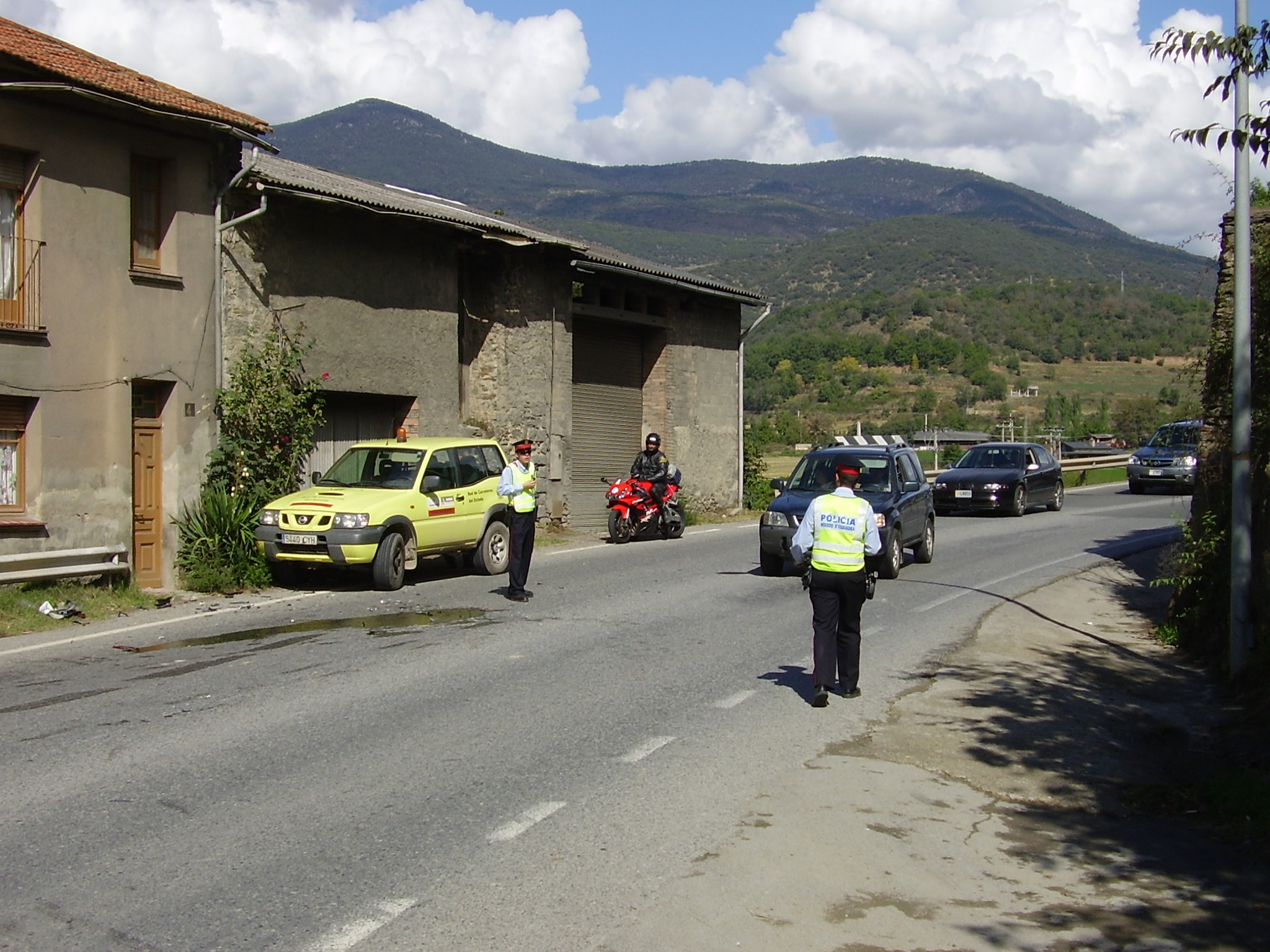 Accident de trànsit als accessos a Castellciutat