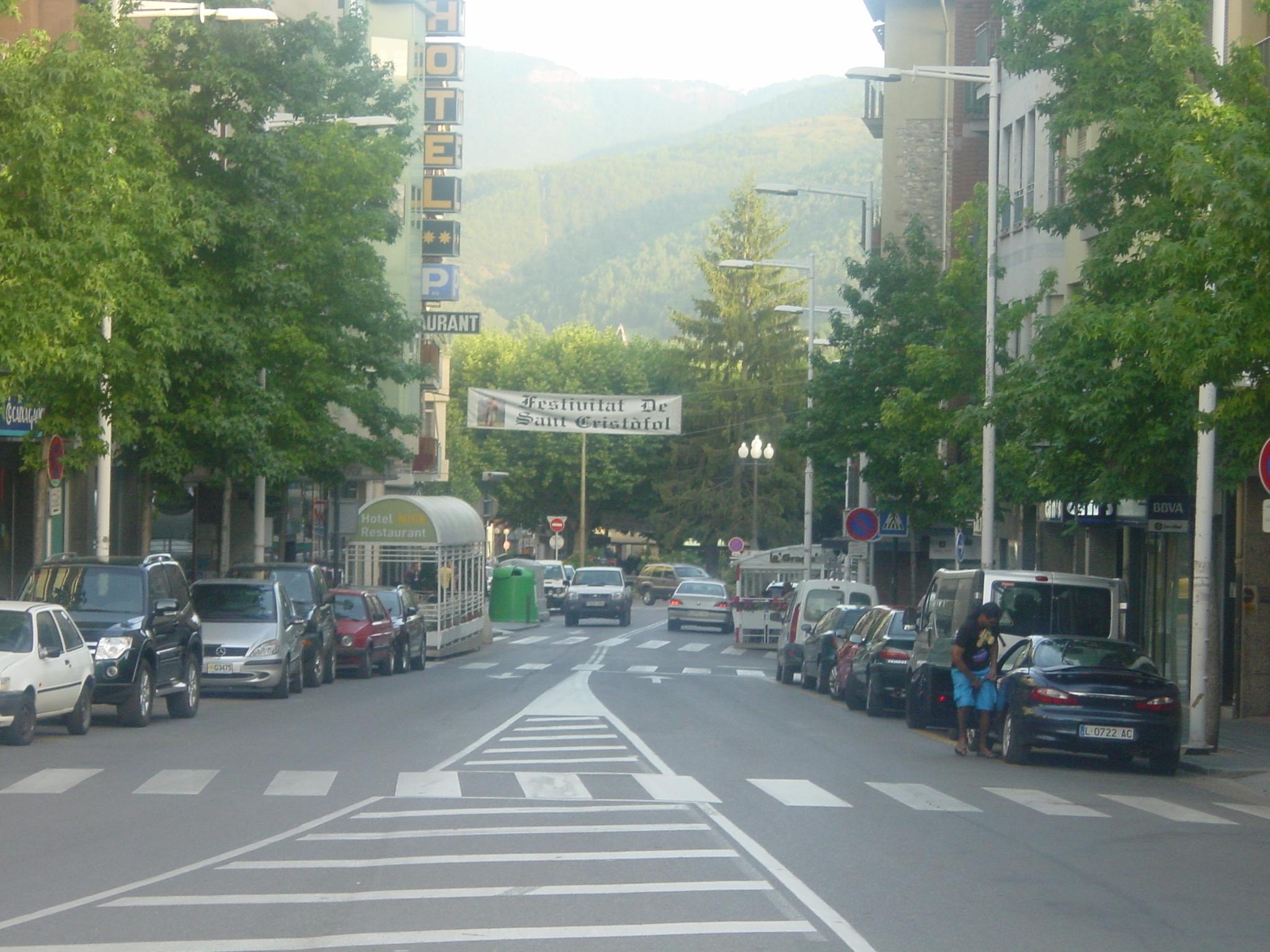 Avinguda de Pau Claris - Terrasses
